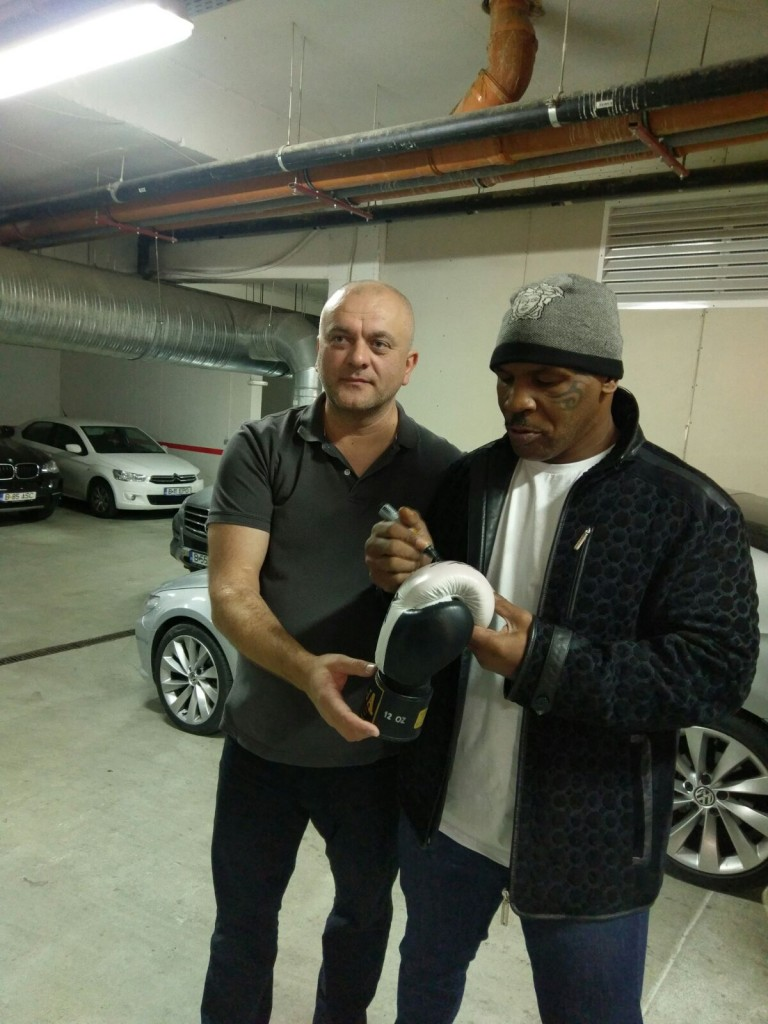 mike-tyson-romania-autowings-3